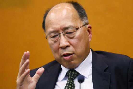 講演後、取材に応じる金融庁の遠藤俊英長官=3日、東京都中央区
