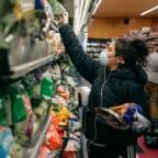 〔米指標予測〕4月の個人消費、12.6%減か=所得は6.5%減