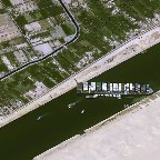 スエズ運河の座礁事故、世界のコンテナ輸送危機に拍車