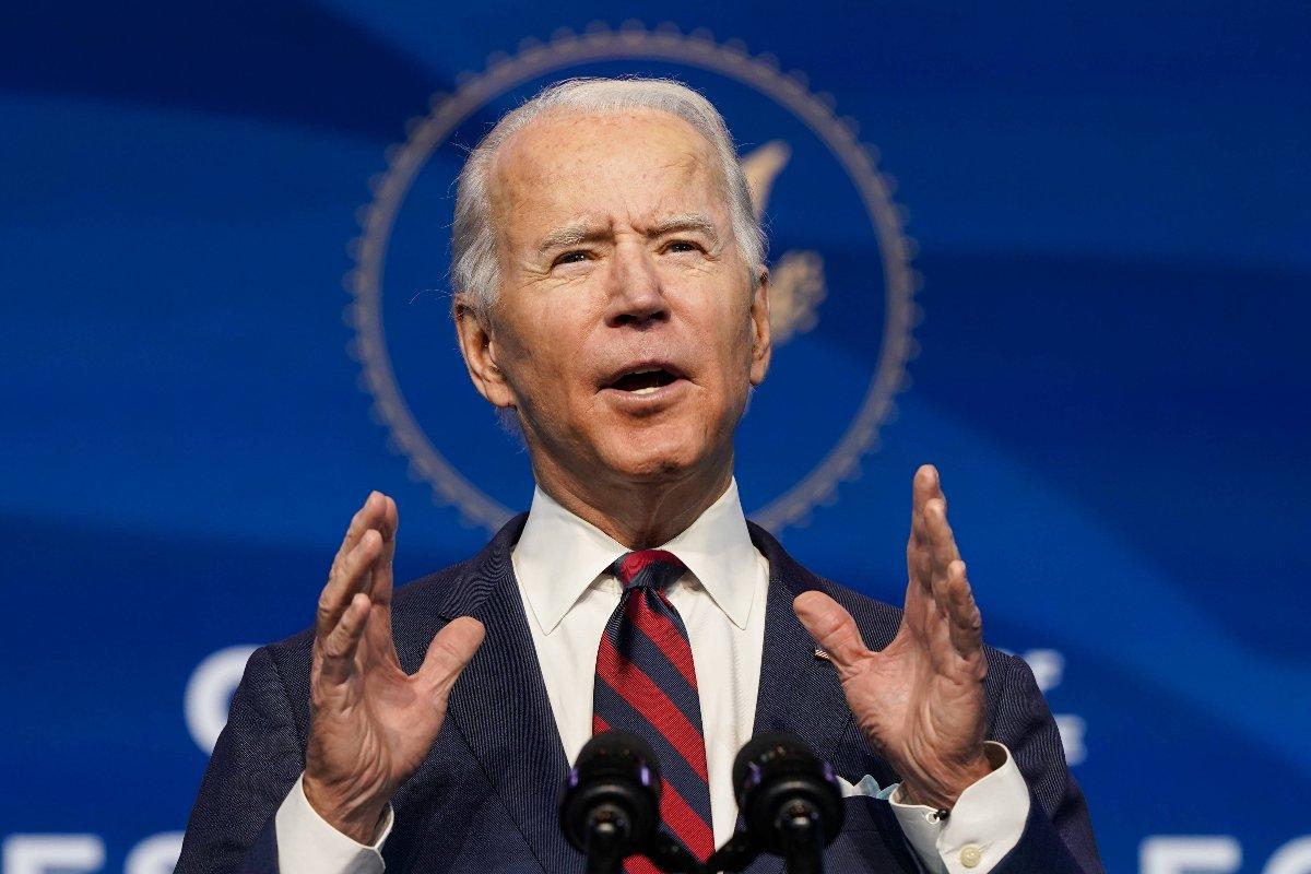 新政権の環境・エネルギー政策を担う主要メンバーについて話すバイデン次期米大統領(アメリカ・デラウェア州ウィルミントン)